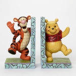 Pooh & Tigger Hugging Bookends