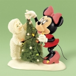 Decorating The Tree, Just Minnie And Me